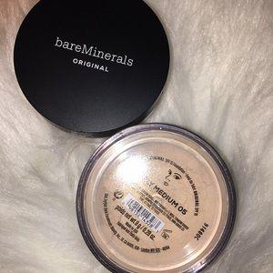 BareMinerals Fairy Medium 05 Foundation- New